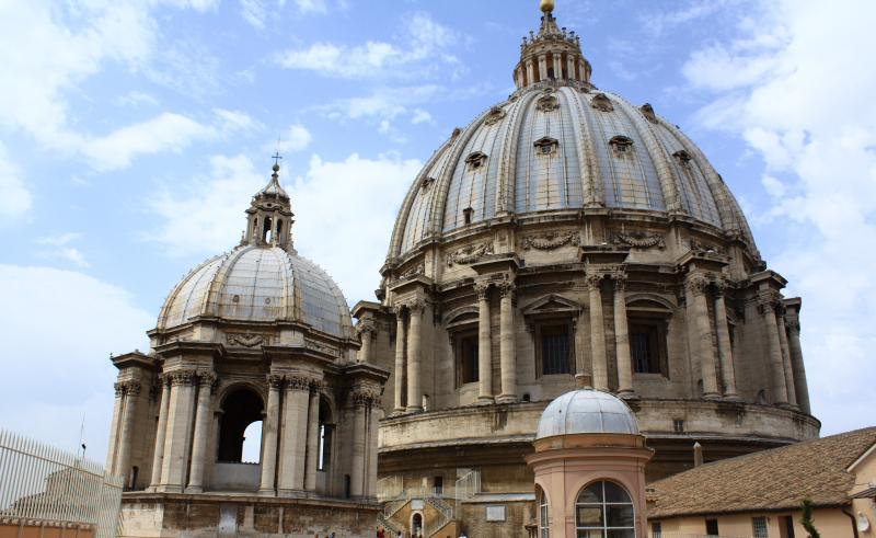 BasilicaSanPietroDome.JPG