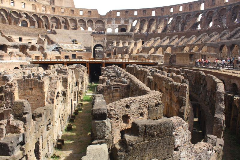 Colosseum4.JPG